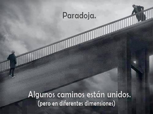 Algunos caminos están unidos pero en diferentes dimensiones