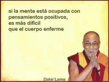 si la mente esta ocupada con pensamientos positivos es mas dificil que el cuerpo enferme
